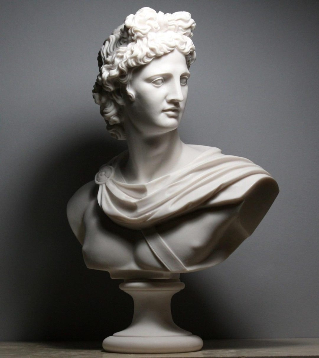 The best expensive gifts for boss: marble bust of Apollo