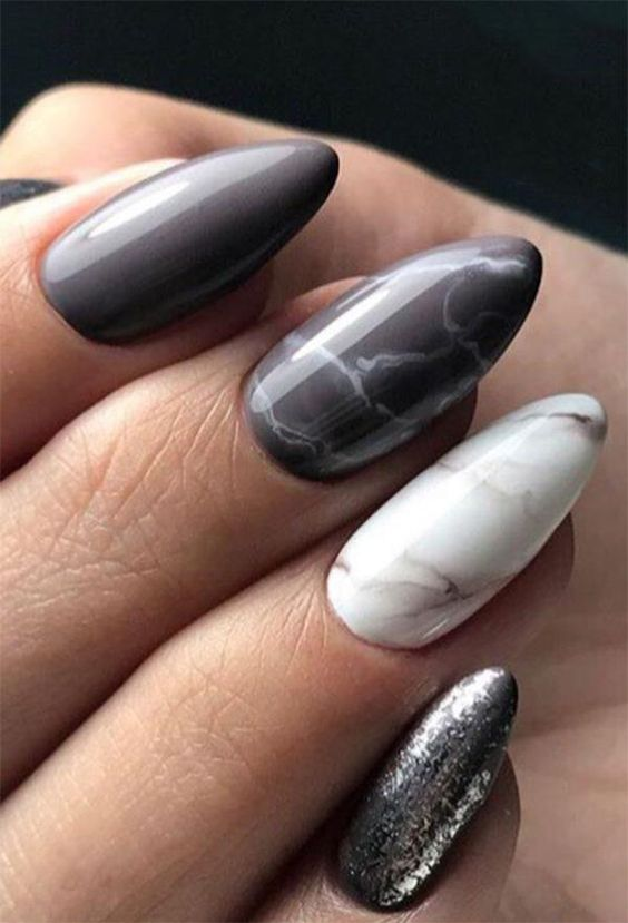 Grey marble nails