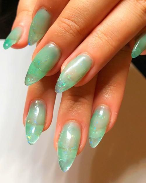 Light green nails