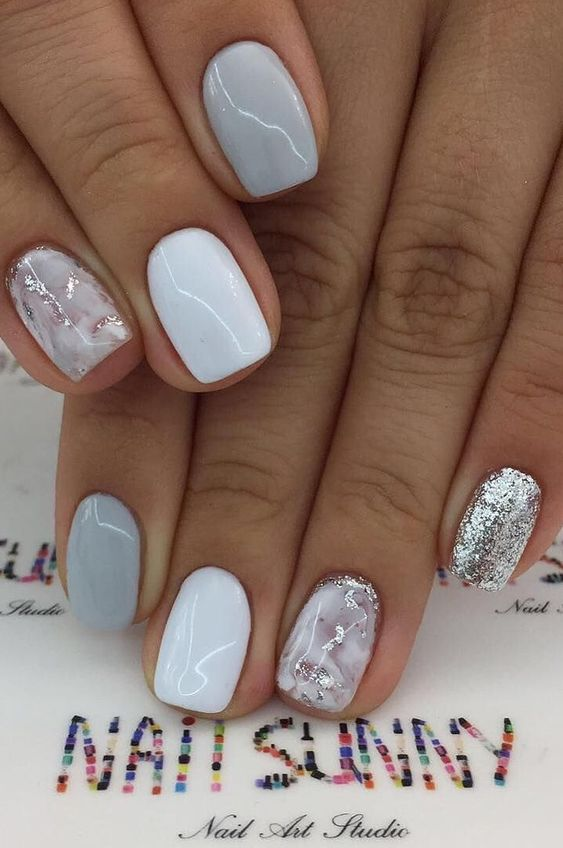 Short light grey ombre nail designs with glitter