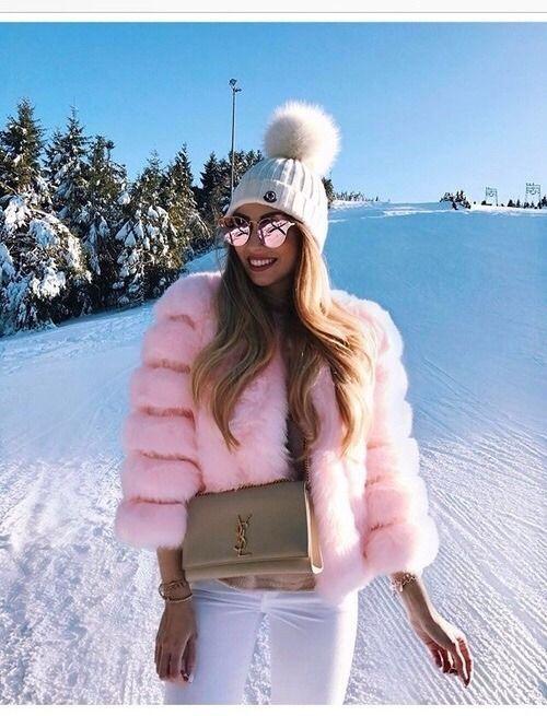 Cute Ski Outfits by Caroline Einhoff