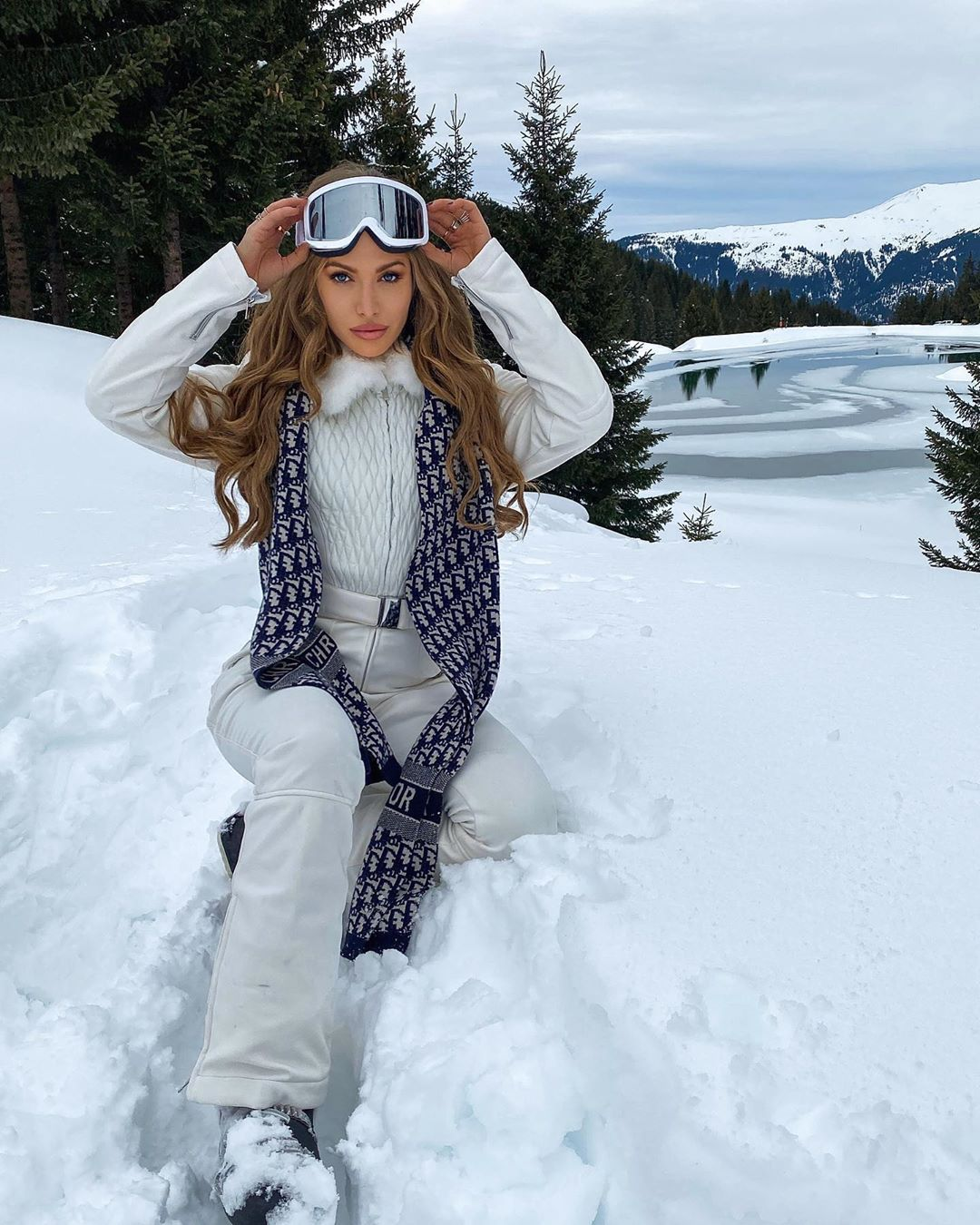 Cute ski outfits and ski suits