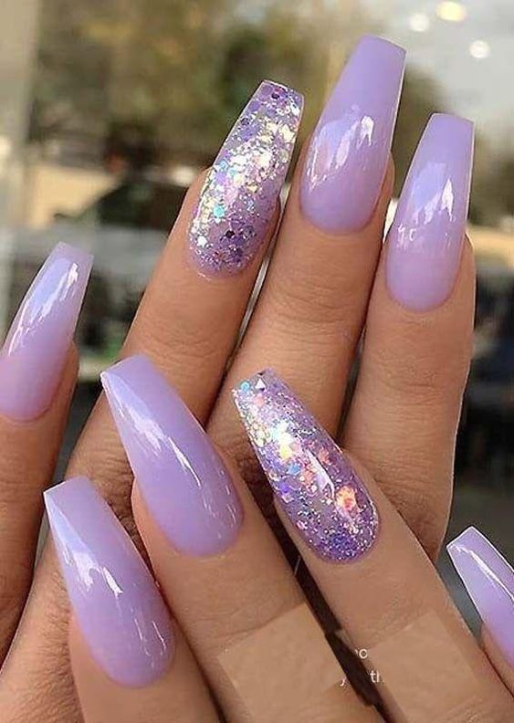 Pastel purple nails with glitter