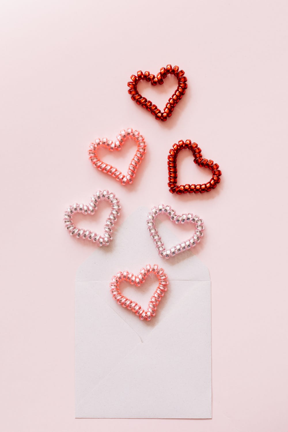 Cute Valentine's iPhone wallpapers