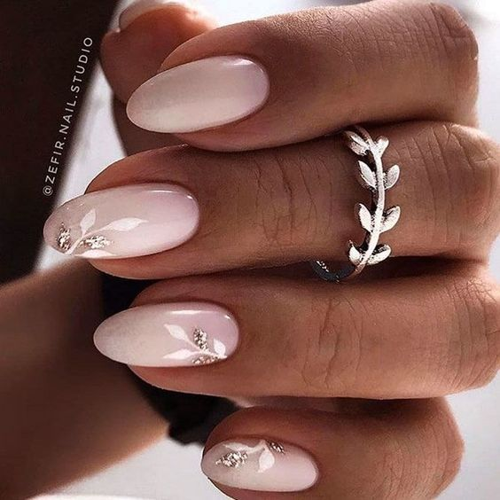 Pink wedding nails for bride with almond shape