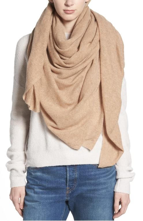 Luxury gifts for mother-in-law: cashmere scarf