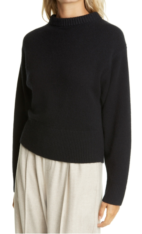 Luxury gifts for her: black cashmere sweater