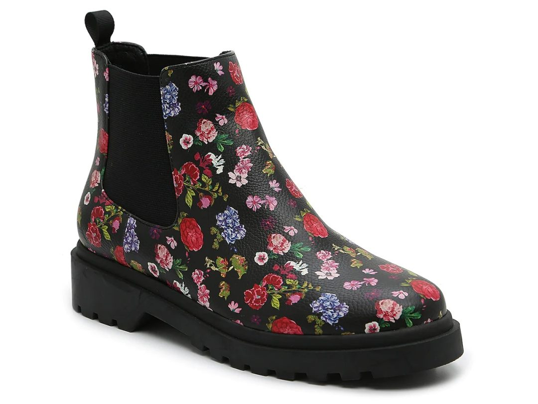 Affordable flower print Chelsea boots