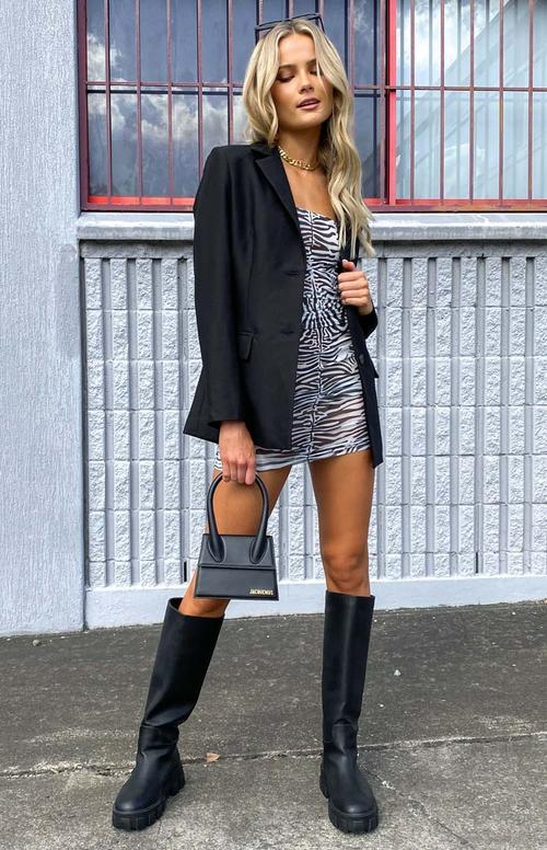 Cute fall outfit with blazer and zebra dress