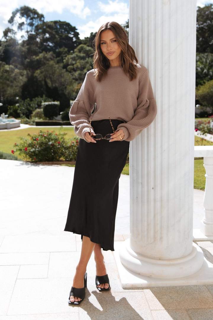 Cute maxi skirt outfit with tan knit sweater