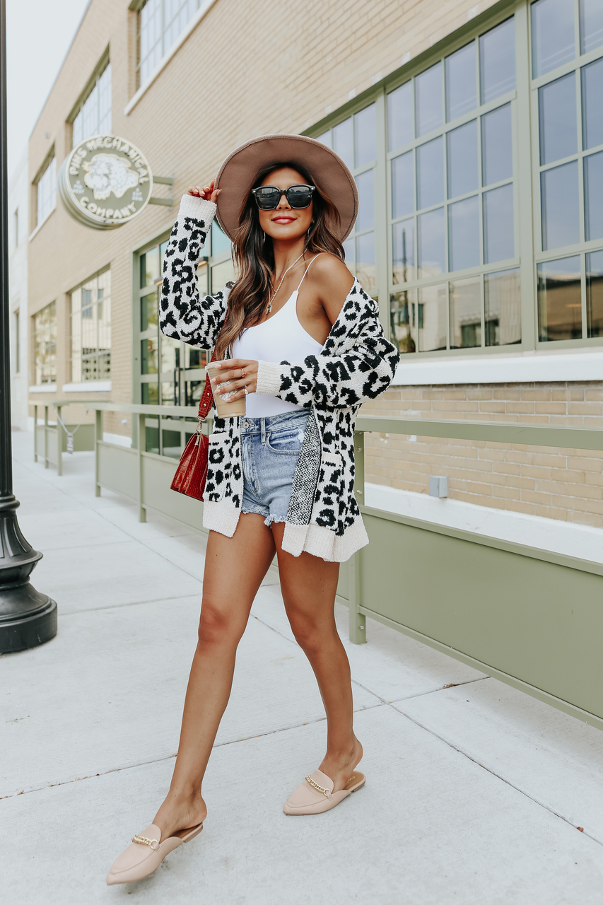 Cute leopard print cardigan outfit with shorts