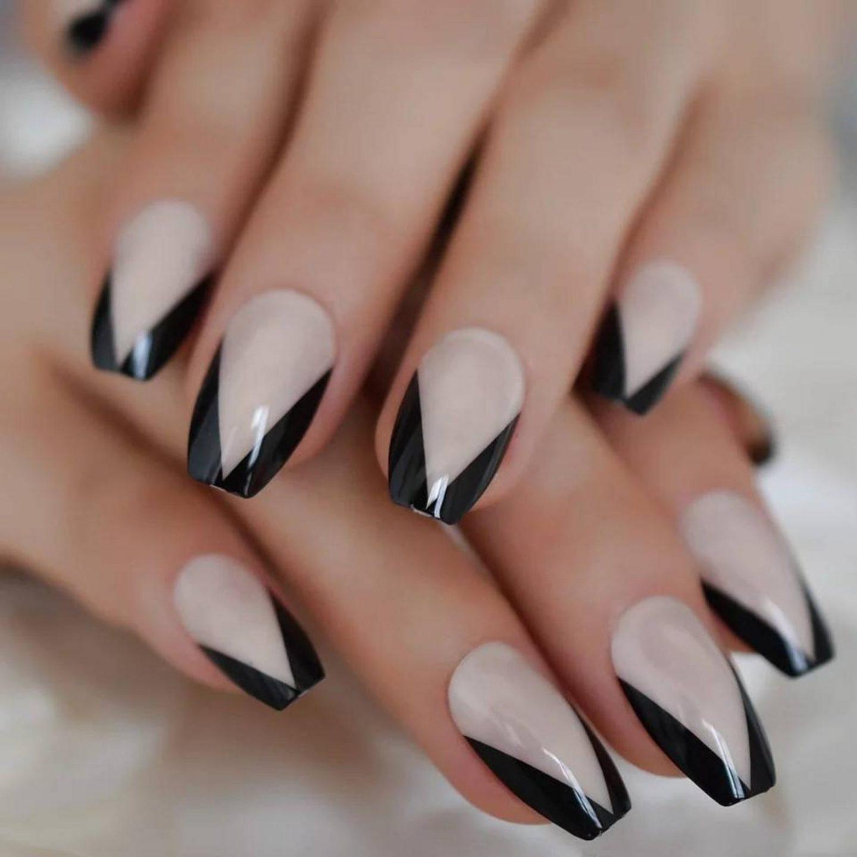 Short black French tip nails