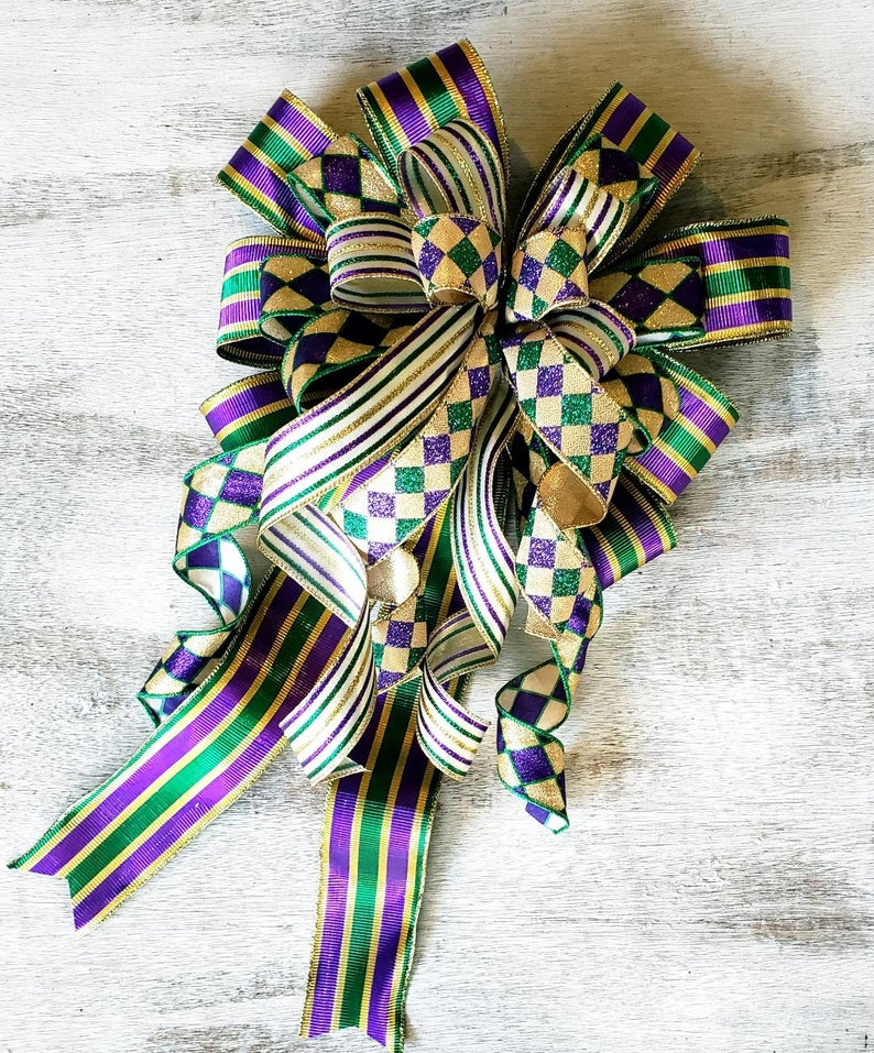 Green, purple and gold ribbon decoration