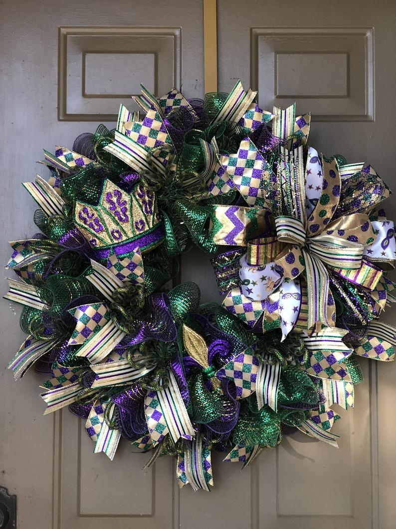 Green Mardi Gras wreaths with ribbons
