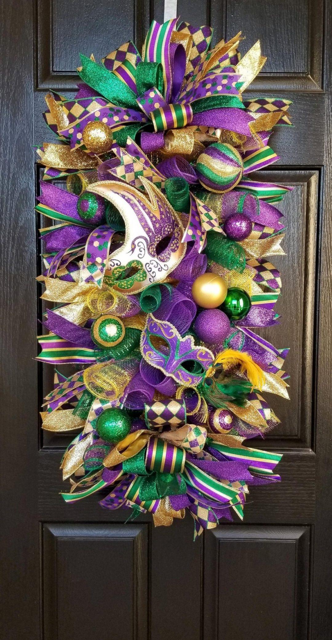 Deco mesh Mardi Gras wreaths with mask