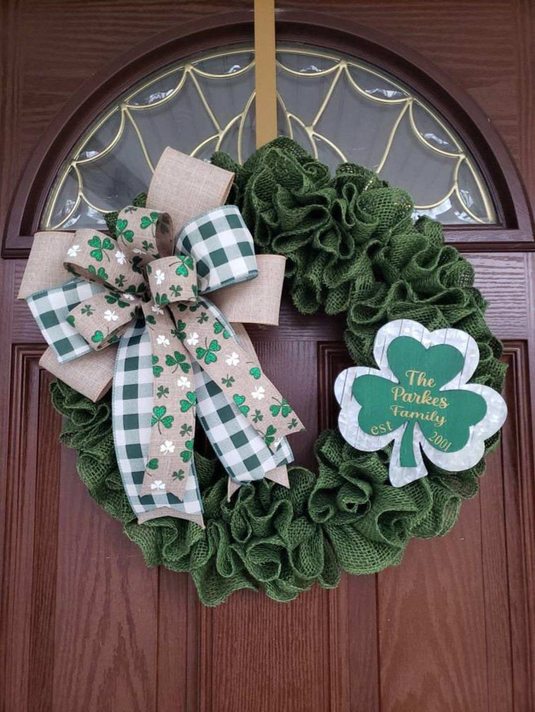 Green burlap St. Patrick's Day wreaths