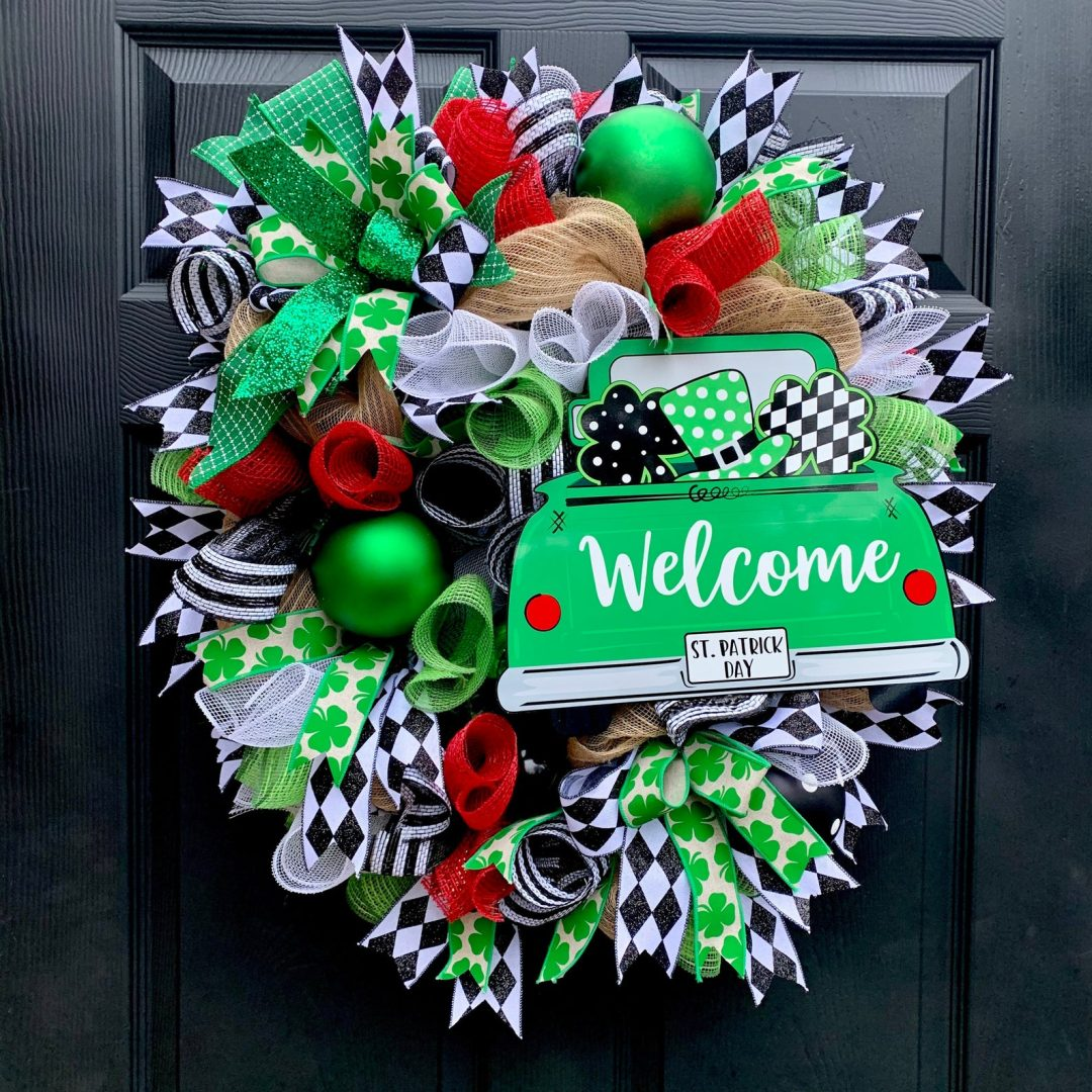 Deco mesh Irish wreath