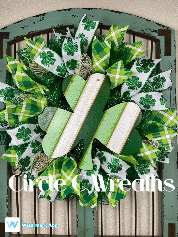 Green shamrock wreath, deco mesh St. Patrick's Day wreaths