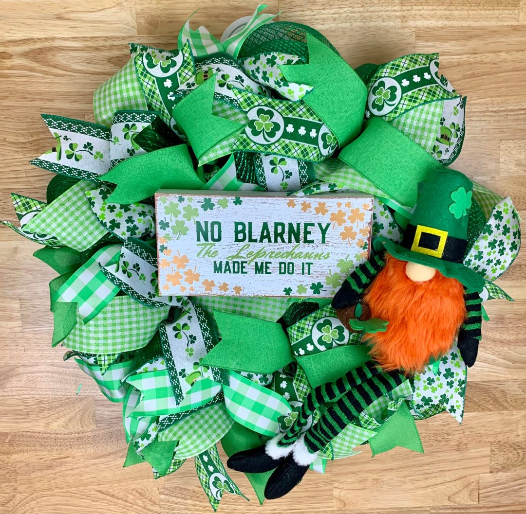 Cute St. Patrick's Day wreaths with gnome