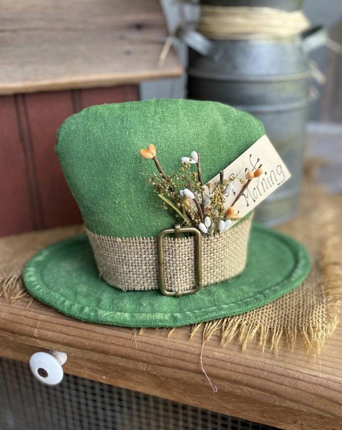 St. Patrick's Day decor ideas - St. Patrick's Day centerpiece