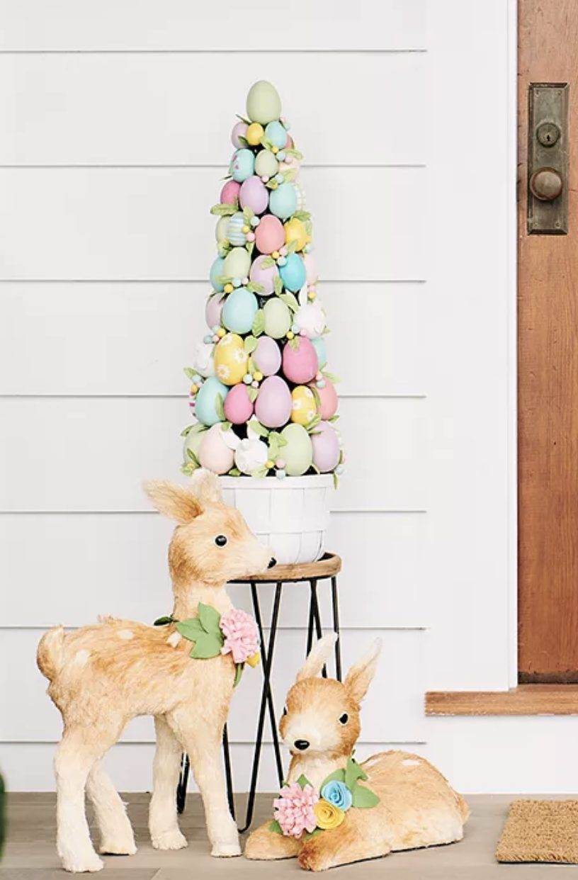 Pastel Easter tree ideas with eggs