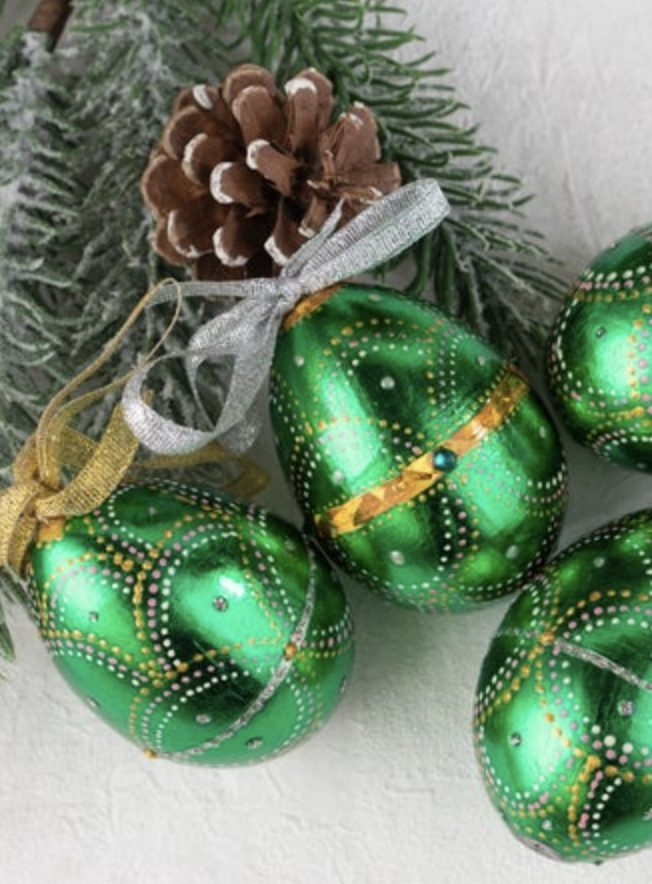 Metallic green Easter egg decorations
