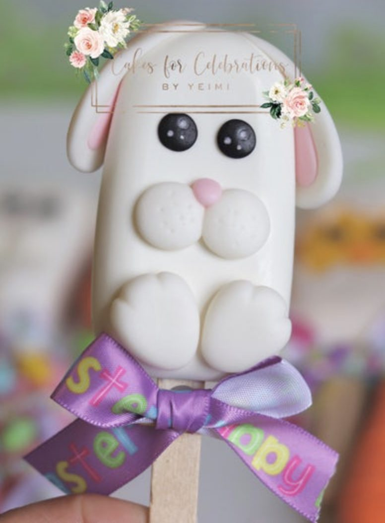 Cute Easter Bunny Cakesicles