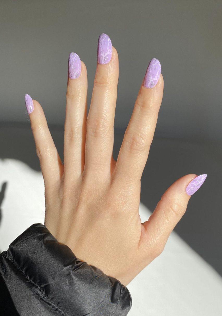 Cute lavender purple summer nails