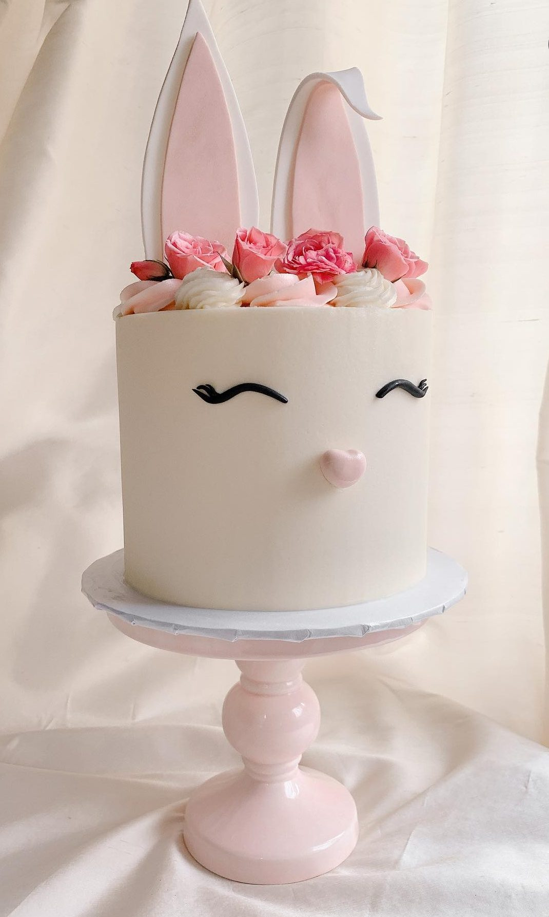 Cute Easter Bunny Cake With Roses