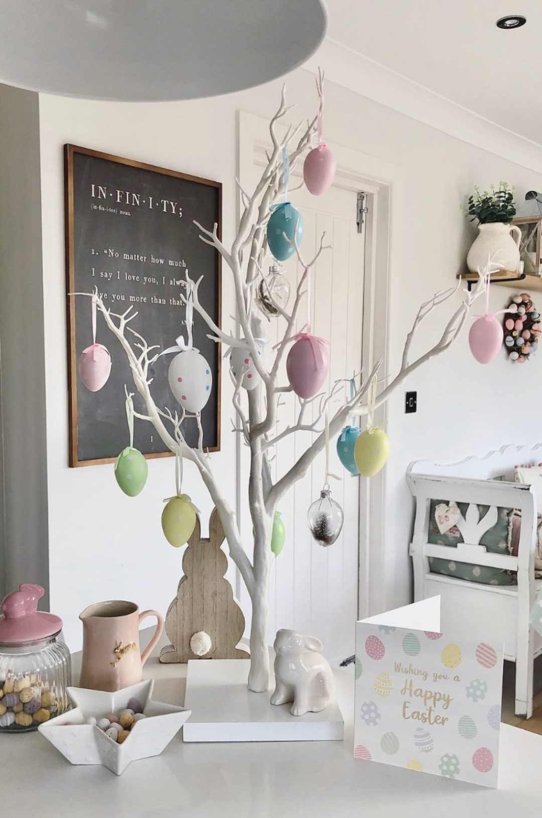 White modern Easter tree decorations with eggs