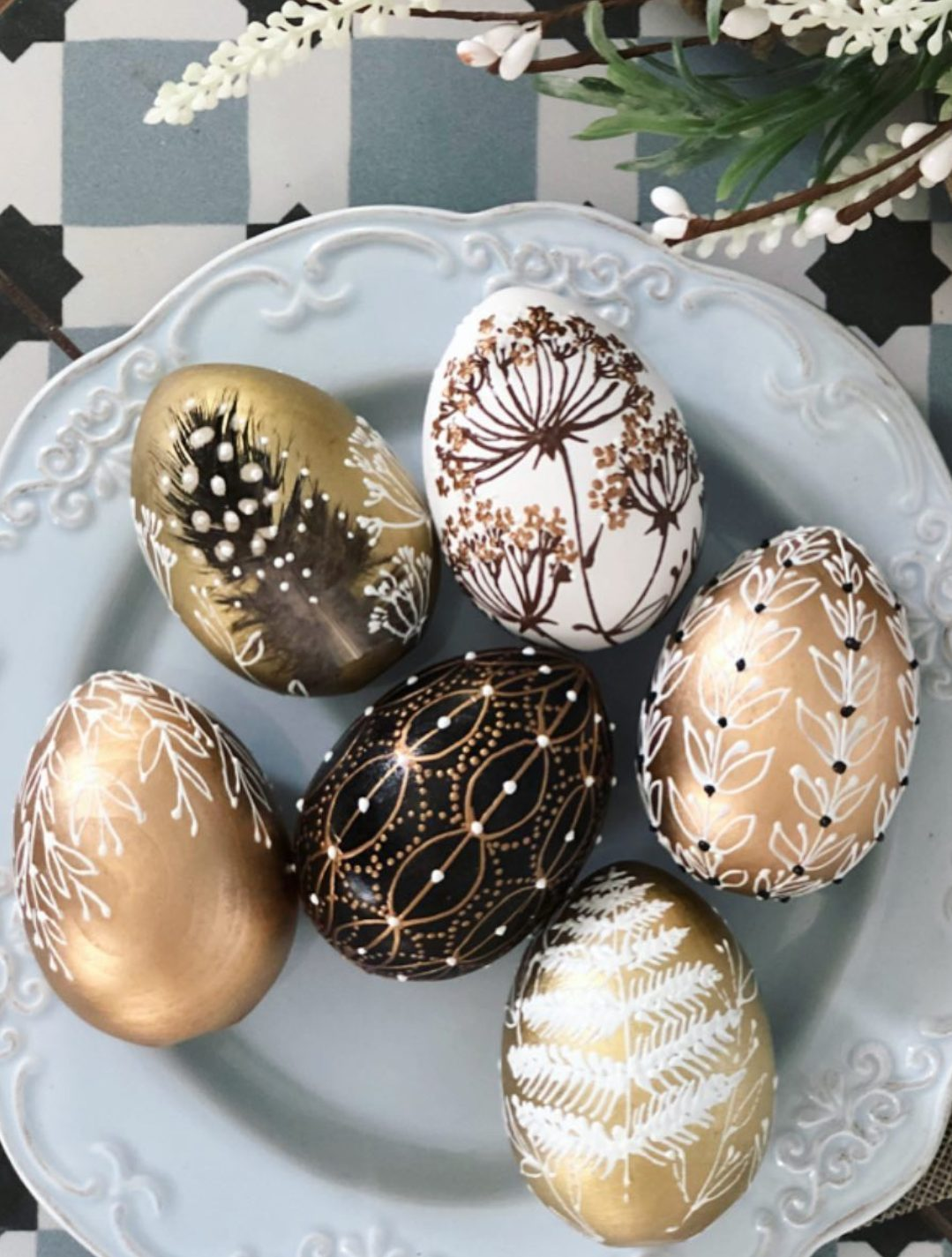 Rose gold, black and gold Easter egg decorating ideas