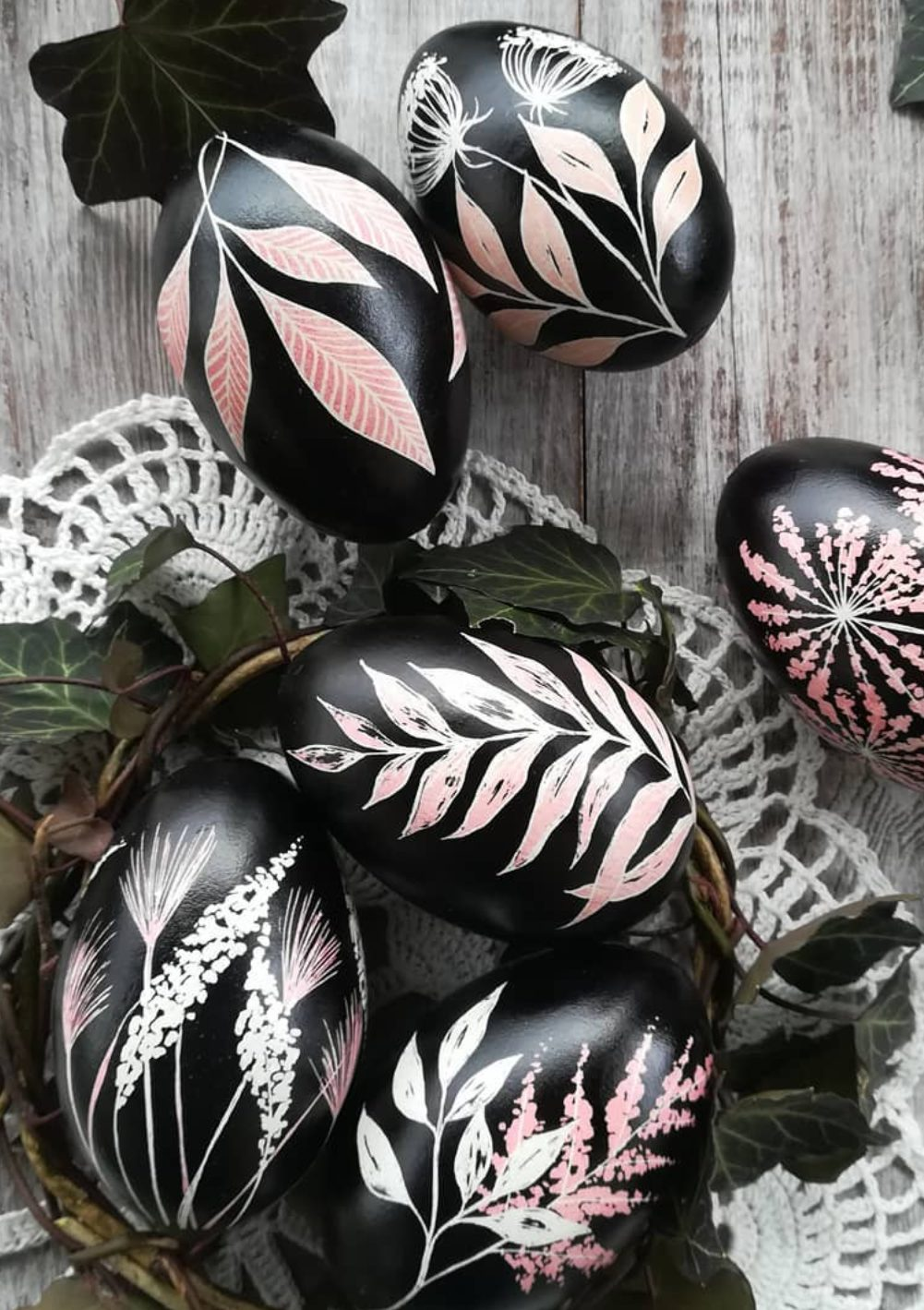 Black and pink Easter egg decorating ideas