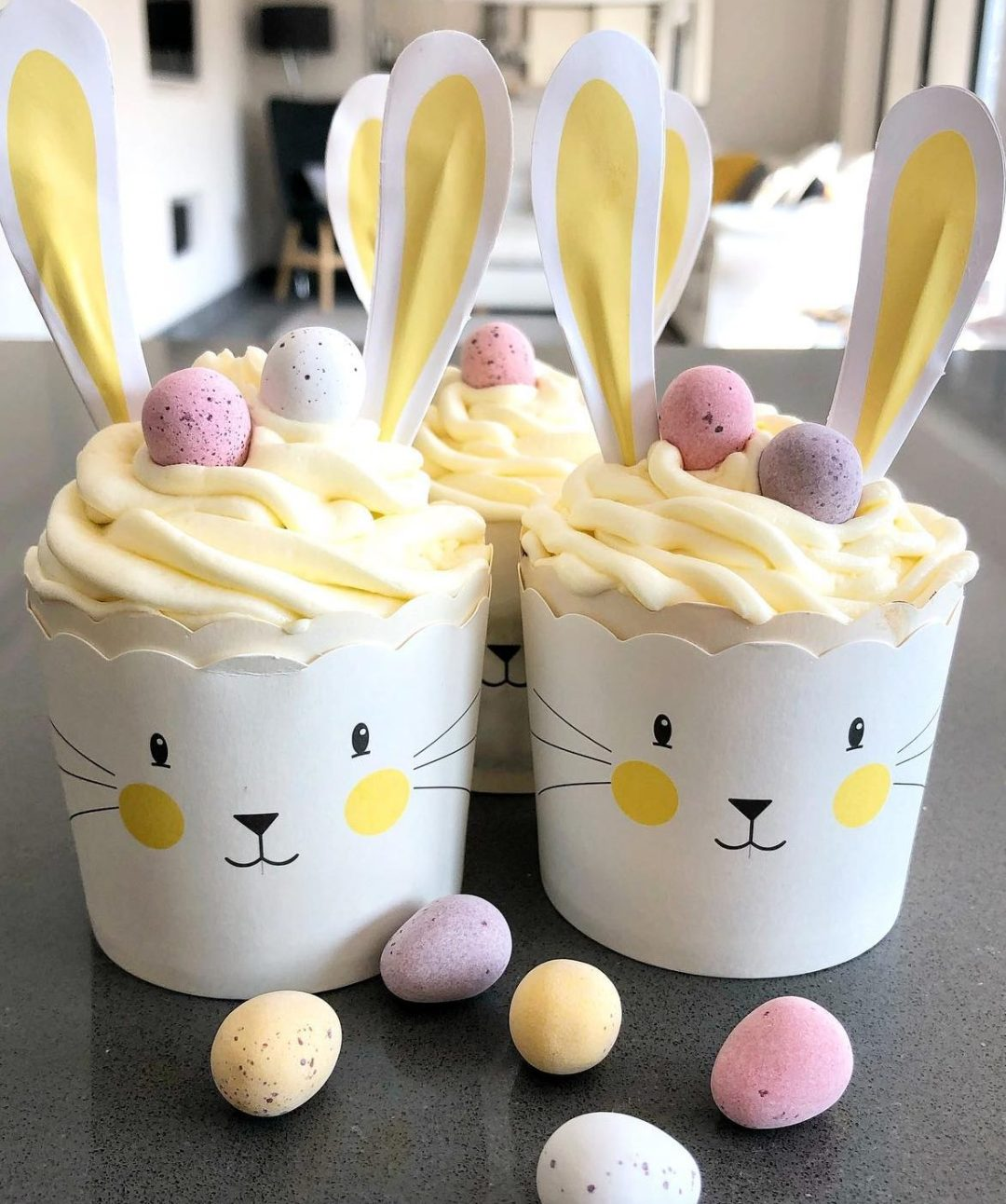 Easy Bunny Cupcakes With Frosting