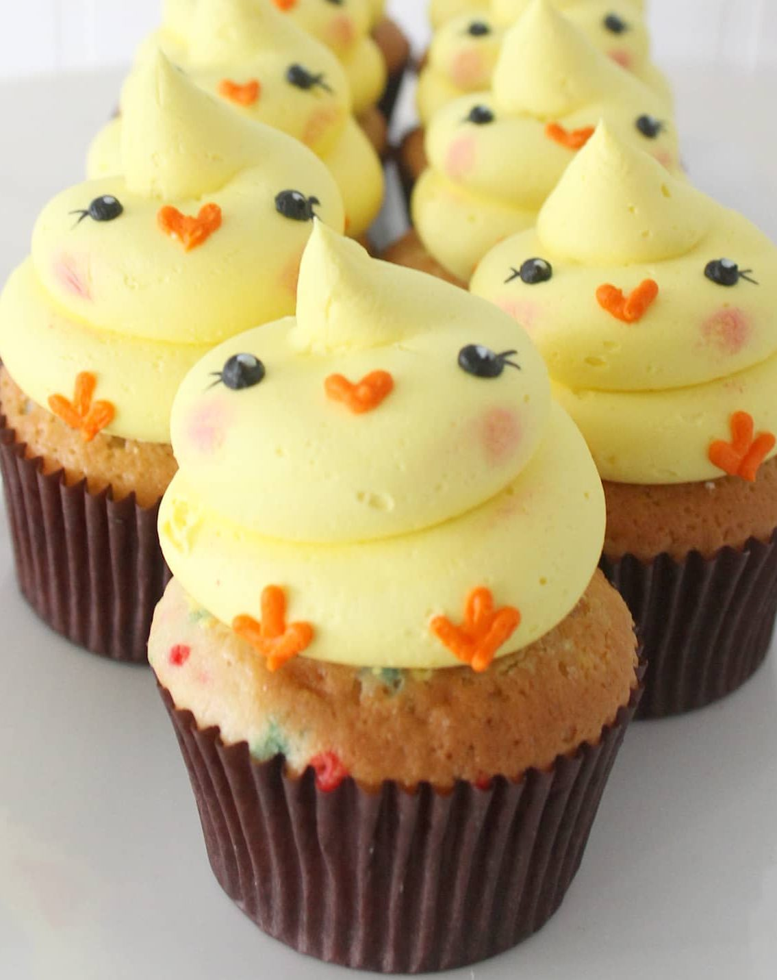 Easter Chick Cupcakes With Frosting