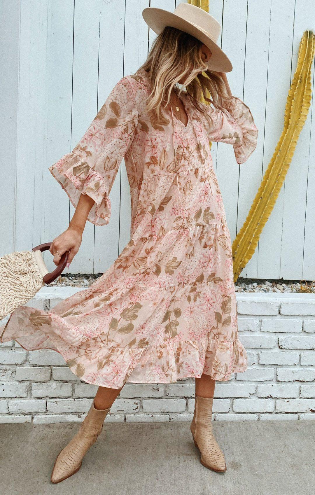 Floral cottagecore fashion