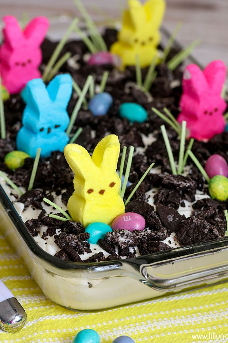 Easter Oreo Dirt Cake With Peeps
