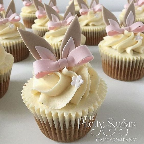 Pretty Bunny Cupcakes With Toppers
