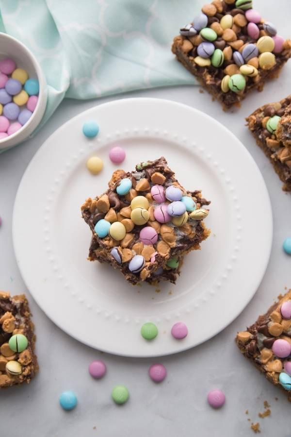M&M Easter Cookie Bars