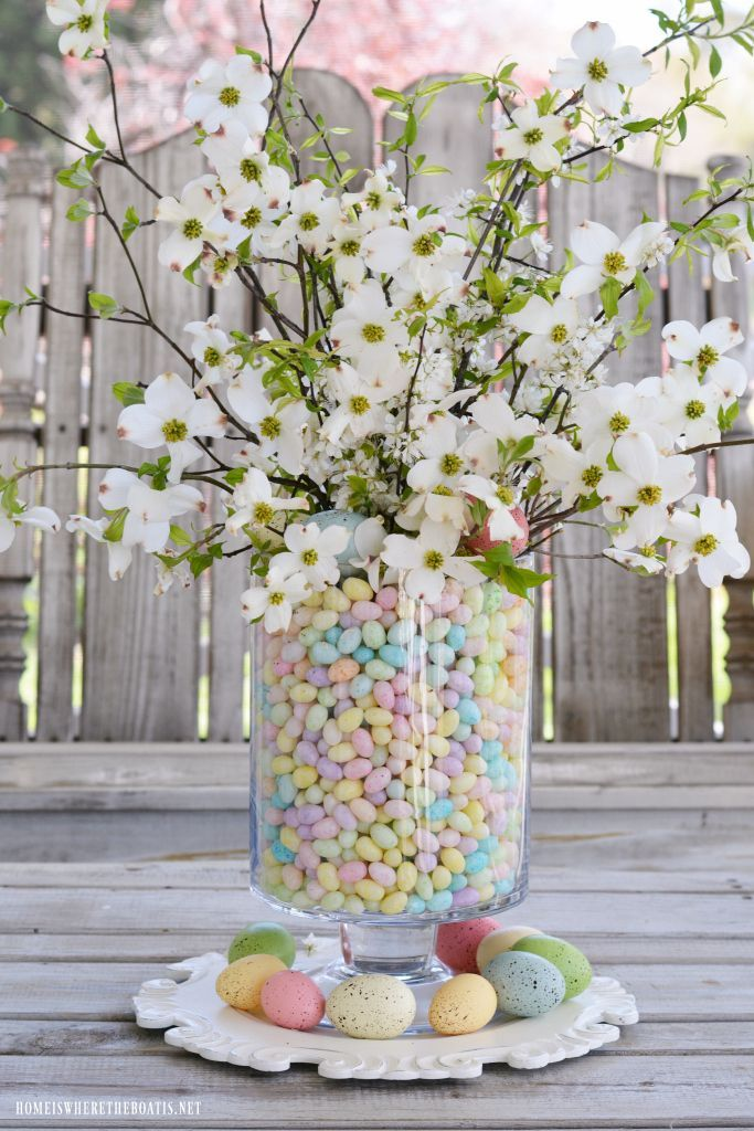 Pastel Easter tree decorations