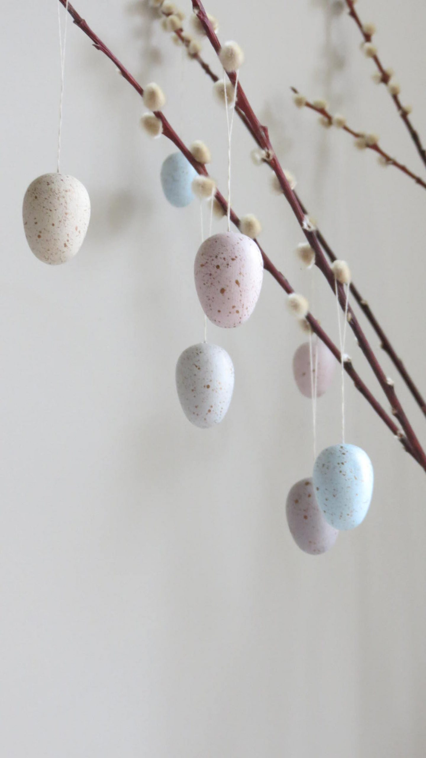Pastel Easter Tree Decorations With Eggs
