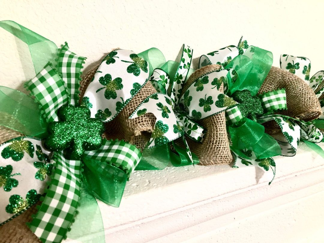 St. Patrick's Day decor ideas - shamrock garland