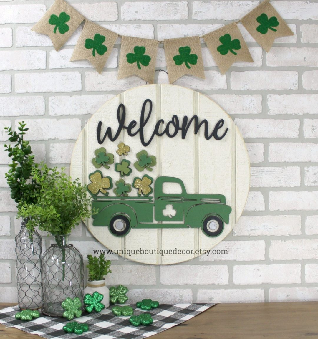 St. Patrick's Day decorations - wooden sign