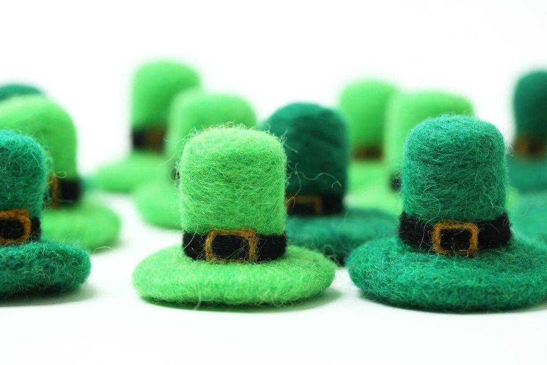 St. Patrick's Day decor ideas - felted leprechaun hat