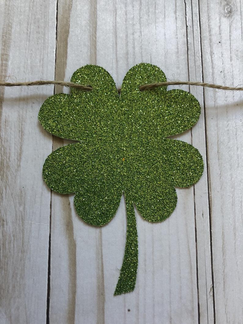 St. Patrick's Day decor ideas - glitter shamrock garland