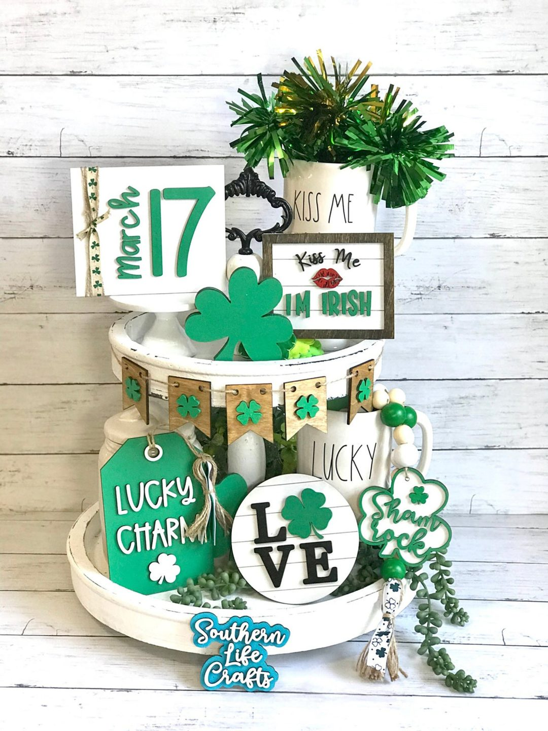St. Patrick's Day decor ideas - wooden signs