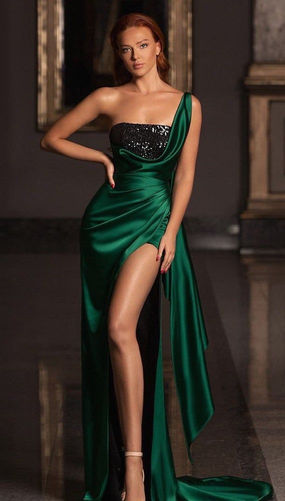 Datin dark green prom dress with slit and sequins