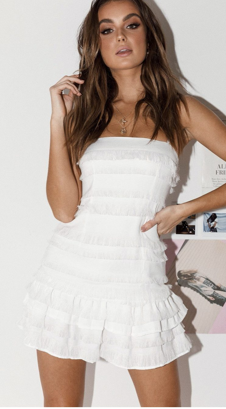Short white dress with frills