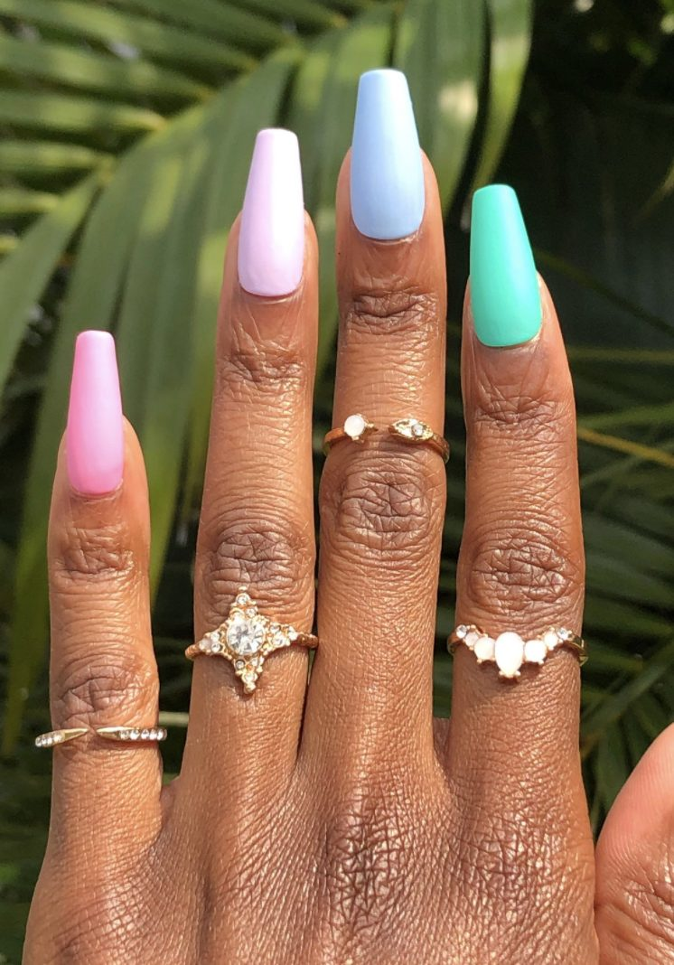 Pastel nails with green, blue, pink and purple: Pastel ombre nails and pastel rainbow nails