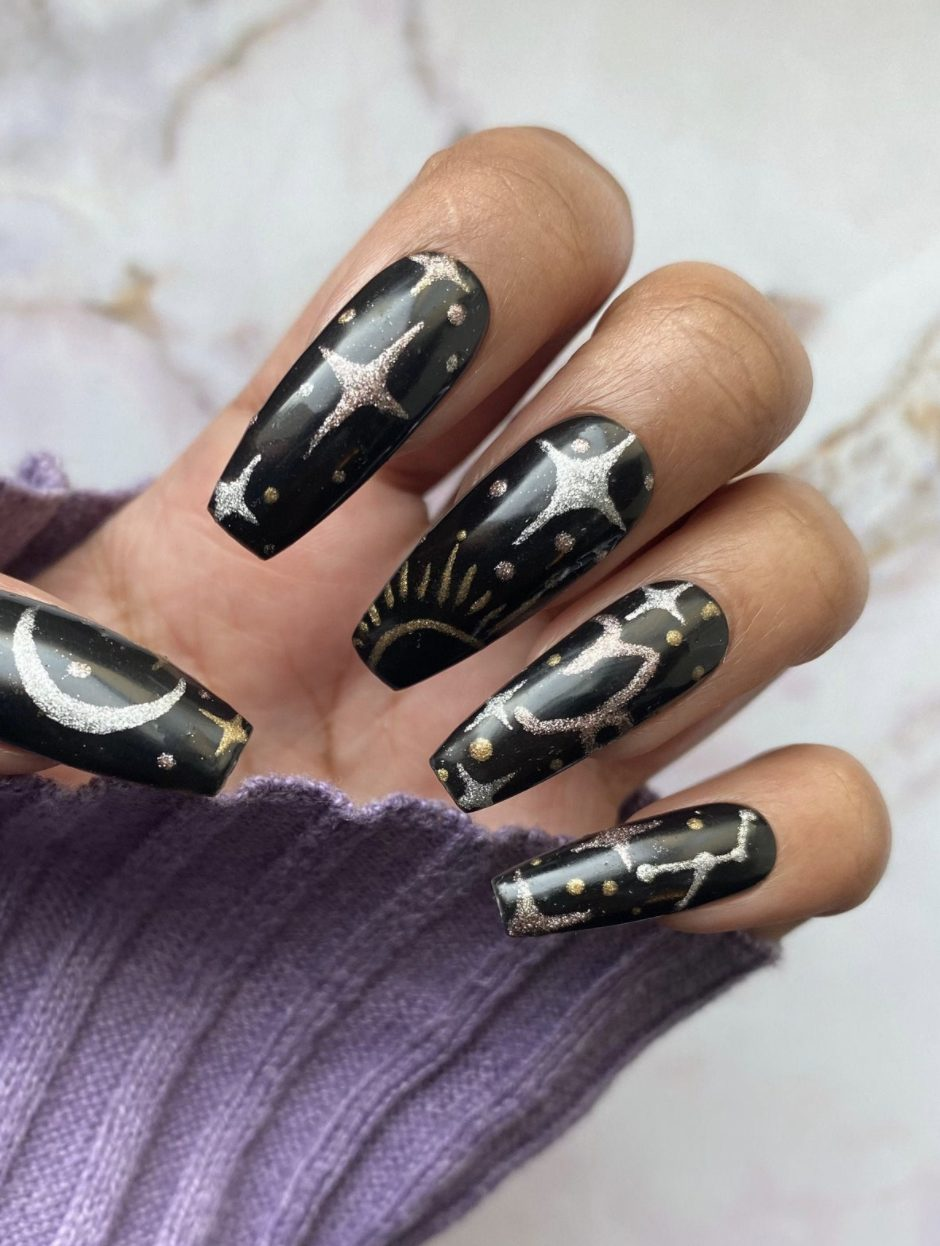 Black nails with golf moon and stars