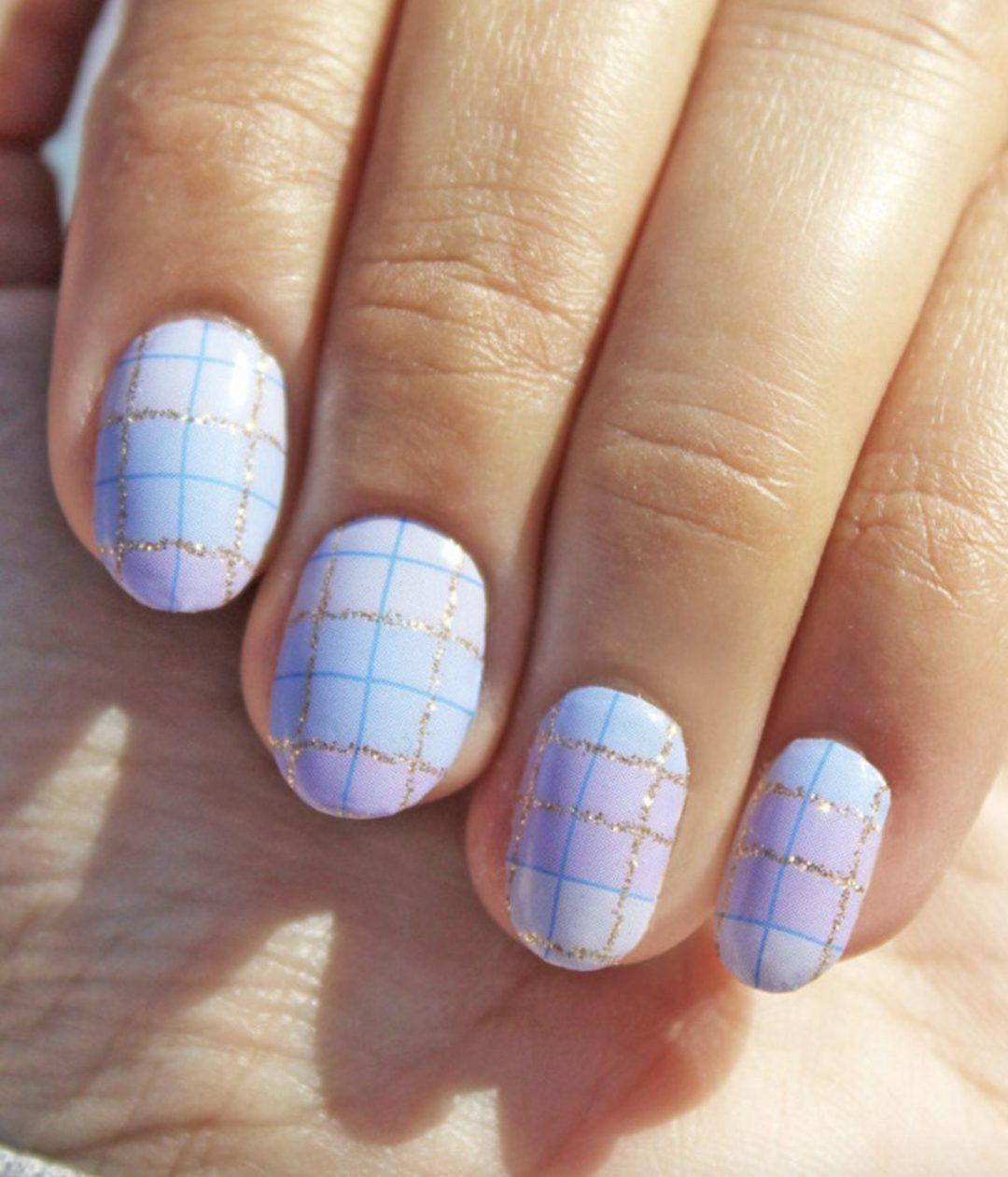 Short pastel purple plaid nails